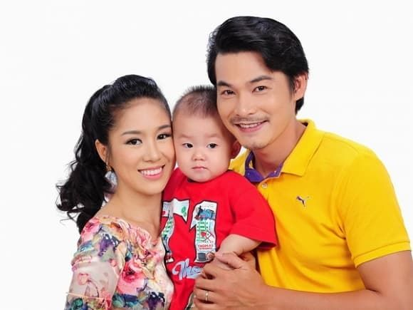 Gia đình nhỏ của Quách Ngọc Ngoan và Lê Phương.