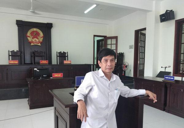 Ông Lương Hữu Phước tại tòa trước khi nghe tuyên án. Ảnh: Luật sư Dương Vĩnh Tuyên