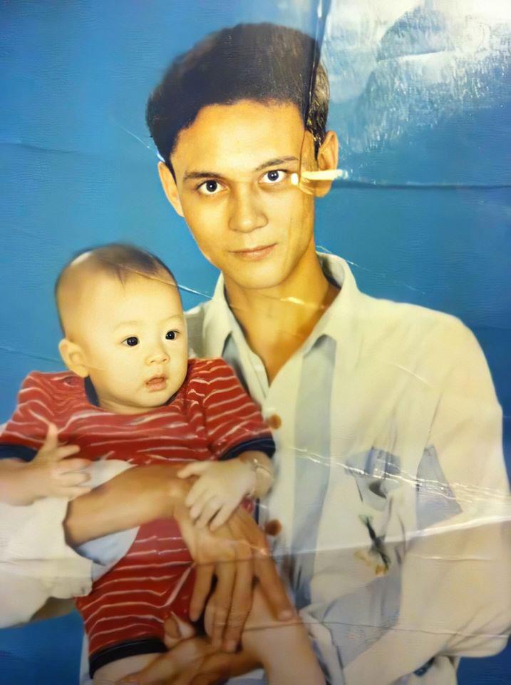 NoWay tên thật là Nguyễn Vũ Long (SN 1997), vẻ dễ thương của cậu bé NoWay ngày ấy càng khiến cho dân tình thích thú, mang ra làm đề tài bình luận sôi nổi.