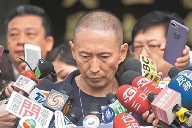 Những vụ án gây chấn động làng giải trí Hoa ngữ: Bị cưỡng bức tới mức phát điên thậm chí còn bỏ cả mạng 10
