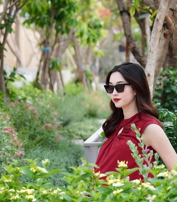 Hoa hậu Đặng Thu Thảo xuất hiện sau 1 tuần sinh con thứ 2 1
