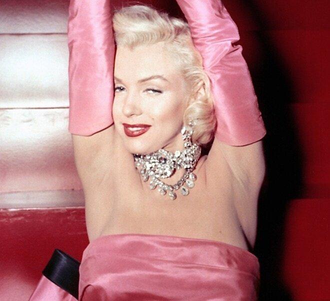 7 bộ trang sức bất hủ trong lịch sử Hollywood 0