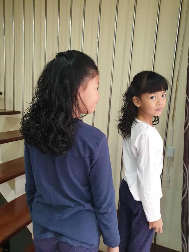 Anh Thơ - vợ Bình Minh hào hứng khoe 2 con gái đã có tóc mới diện Tết.