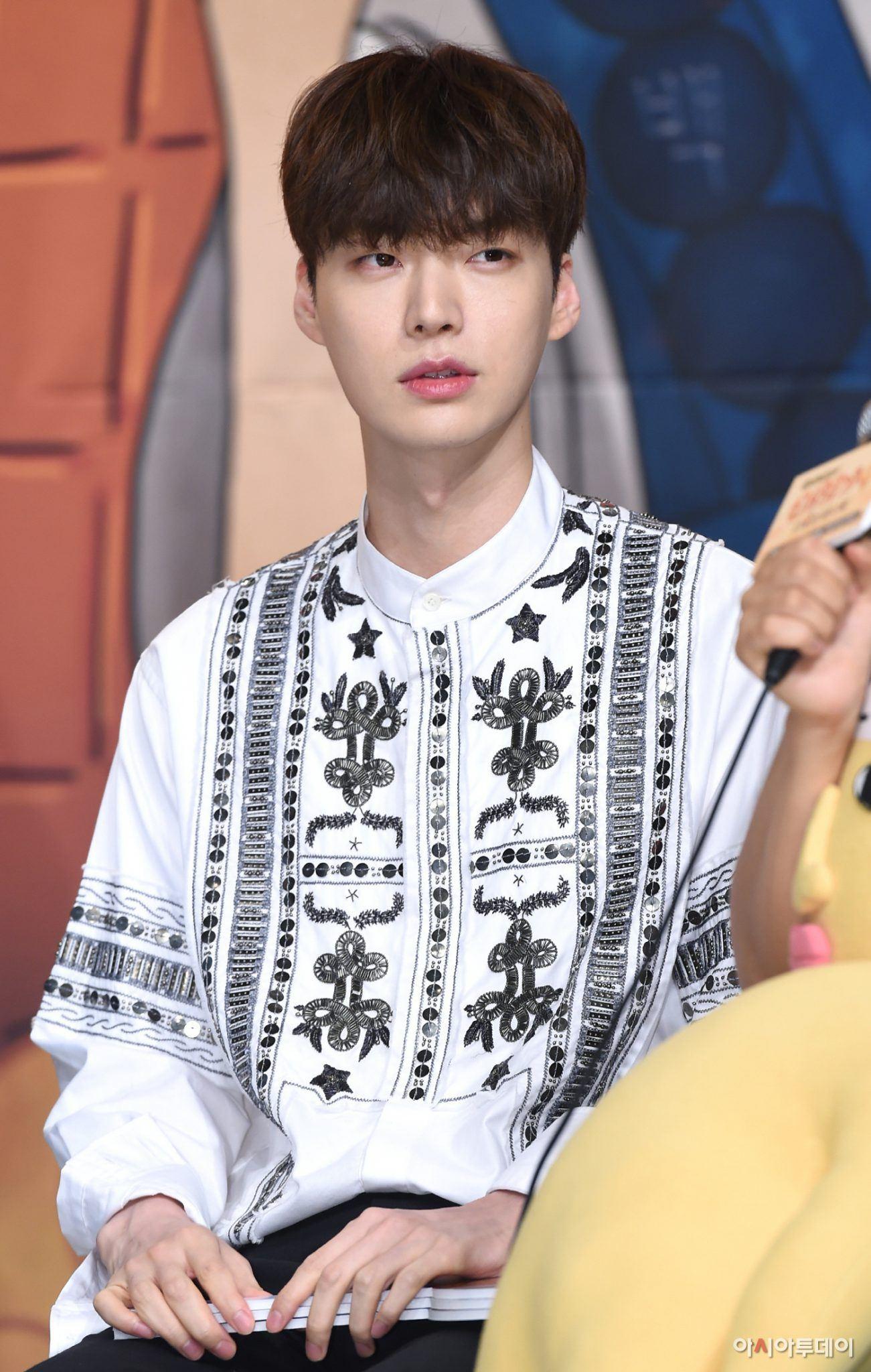 Ahn Jae Hyun nhận 'quả đắng' đầu tiên vì bị cho là có 'nhân cách tệ hại' 1