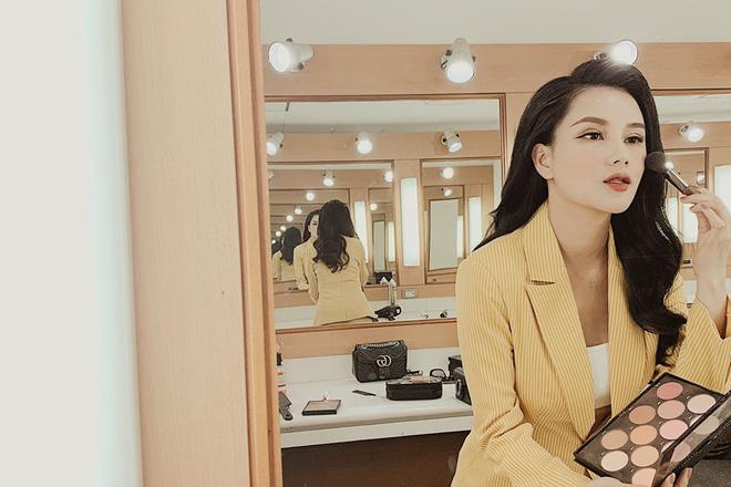 3 bà mẹ đơn thân xinh đẹp ở VTV: Người kinh doanh dùng hàng hiệu như ngôi sao, kẻ tự tay tậu nhà hàng tỉ đồng 9