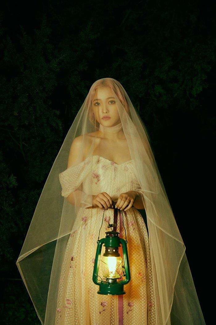 Hình ảnh teaser của Yeri cho đọt comeback sắp tới