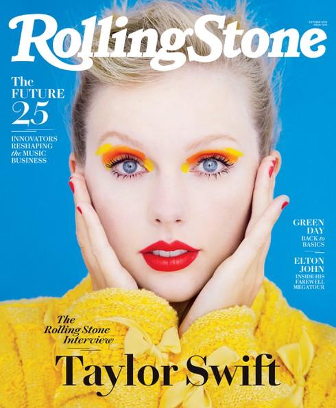 Vẫn mái tóc vàng và đôi môi đỏ mọng, thế nhưng Taylor Swift xuất sắc với thần thái hiếm có của một người phụ nữ sinh ra để làm ngôi sao trên trang bìa Rolling Stone