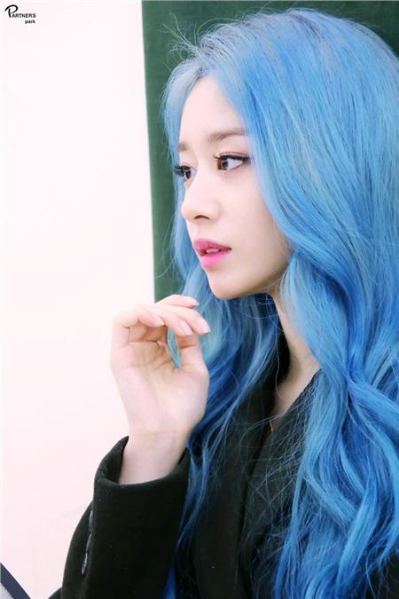 Góc nghiêng thần thánh trong loạt hình ảnh mới nhất của cô với bộ tóc mới