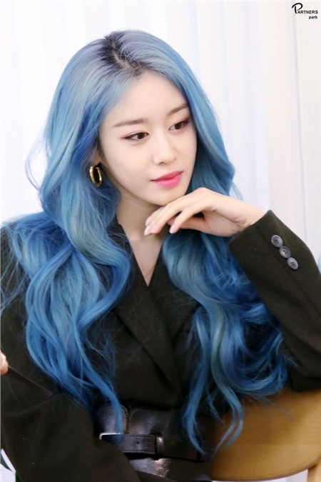 Ai cũng công nhận rằng phải có gương mặt cực kì xinh đẹp như Jiyeon thì kiểu tóc nào hay màu nào cũng đều hợp với cô nàng