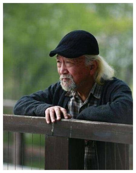 Hình ảnh già yếu, râu tóc bạc trắng của Lý Bảo Điền gần đây.