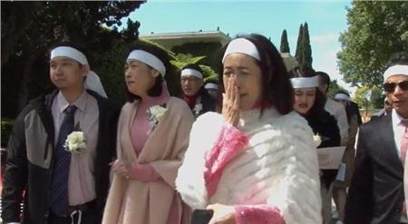 Cả gia đình tiễn đưa danh ca Thái Thanh