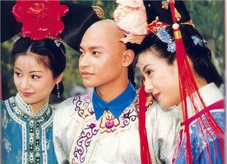 Phỏng vấn 'Nhĩ Thái' phim Hoàn Châu Cách Cách trải lòng về cú sốc khiến mặt bị bỏng 50% 4