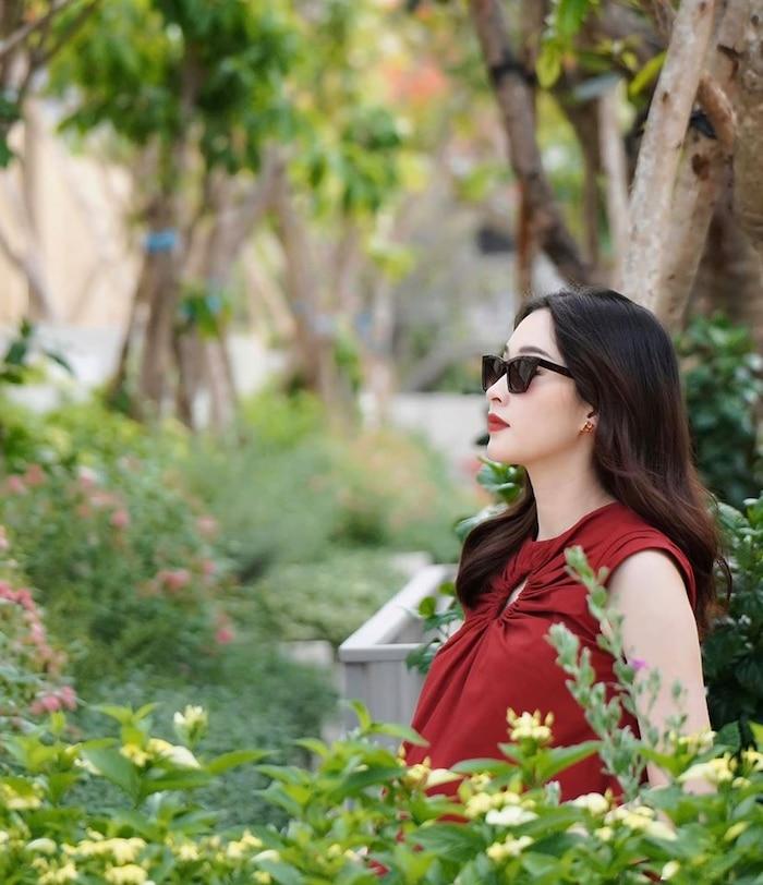 Hoa hậu Đặng Thu Thảo qua ống kính của ông xã: Có 'phát tướng' khi mang bầu nhưng nhan sắc vẫn đẹp bất chấp 1