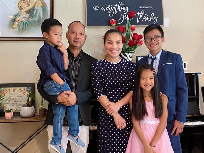 Hình ảnh kỉ niệm của gia đình Hồng Ngọc.