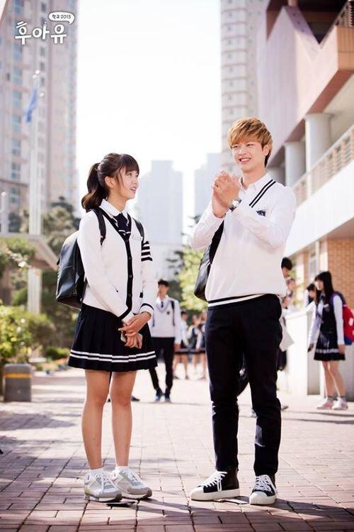 Điểm mặt những nam idol K-Pop 'đá chéo chân' sang diễn viên thành công 5
