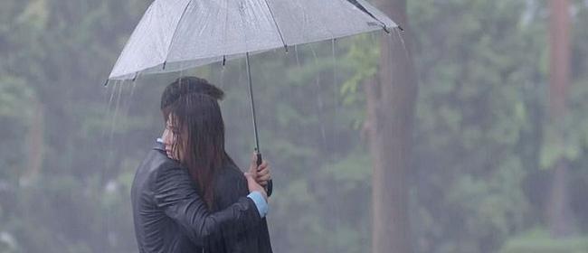 'Tình yêu và tham vọng': Phản ứng của Sơn khi biết chuyện Phong tặng Linh sổ đỏ khiến các fan cực hả hê 0