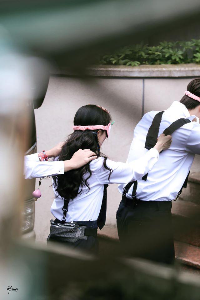 Dương Mịch xinh đẹp đi quay show giữa chỉ trích thờ ơ với con gái, Đặng Luân xuất hiện cực điển trai 5
