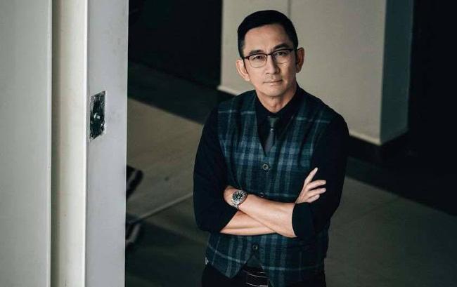 Sao nam TVB Ngô Khải Hoa gây sốc khi kể xấu nữ diễn viên hạng A mời gọi cả đoàn phim đến phòng 'vui vẻ' 2