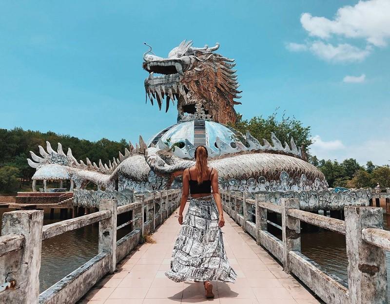 Khung cảnh đầy ma mị ở công viên nước Thuỷ Tiên.