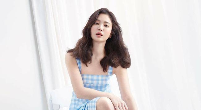Động thái mới cho thấy Song Hye Kyo đang phớt lờ tin đồn tái hợp Hyun Bin 3