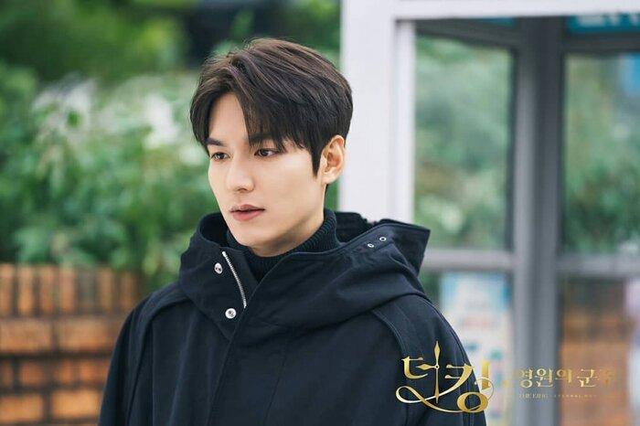 Rating phim 'Quân vương bất diệt' giảm trước hai tập cuối - Lee Min Ho ngồi xem Lee Gon 2