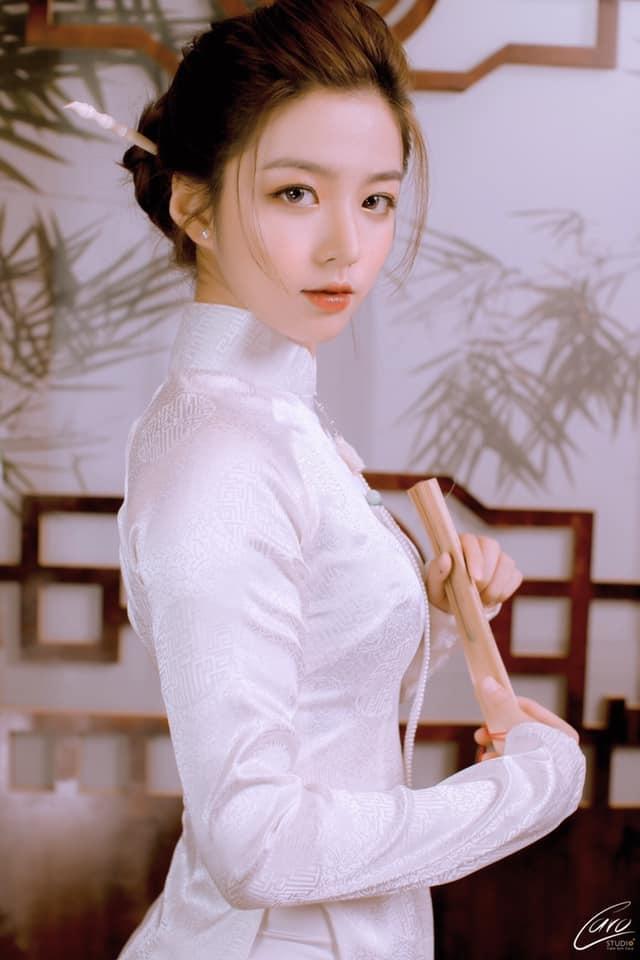 Nhân Ngày của mẹ, dàn hotgirl Việt xúc động trải lòng: 'Dù có đi xa hay mệt mỏi tới đâu, chỉ cần về nhà với mẹ sẽ bình yên!' 8