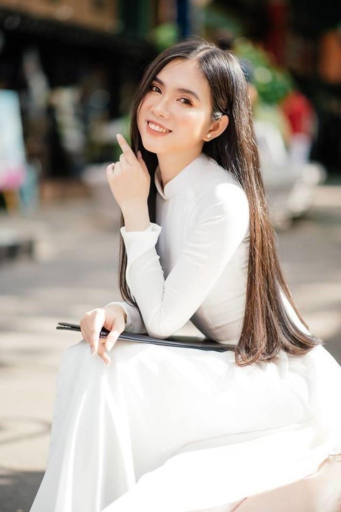 Nhân Ngày của mẹ, dàn hotgirl Việt xúc động trải lòng: 'Dù có đi xa hay mệt mỏi tới đâu, chỉ cần về nhà với mẹ sẽ bình yên!' 14