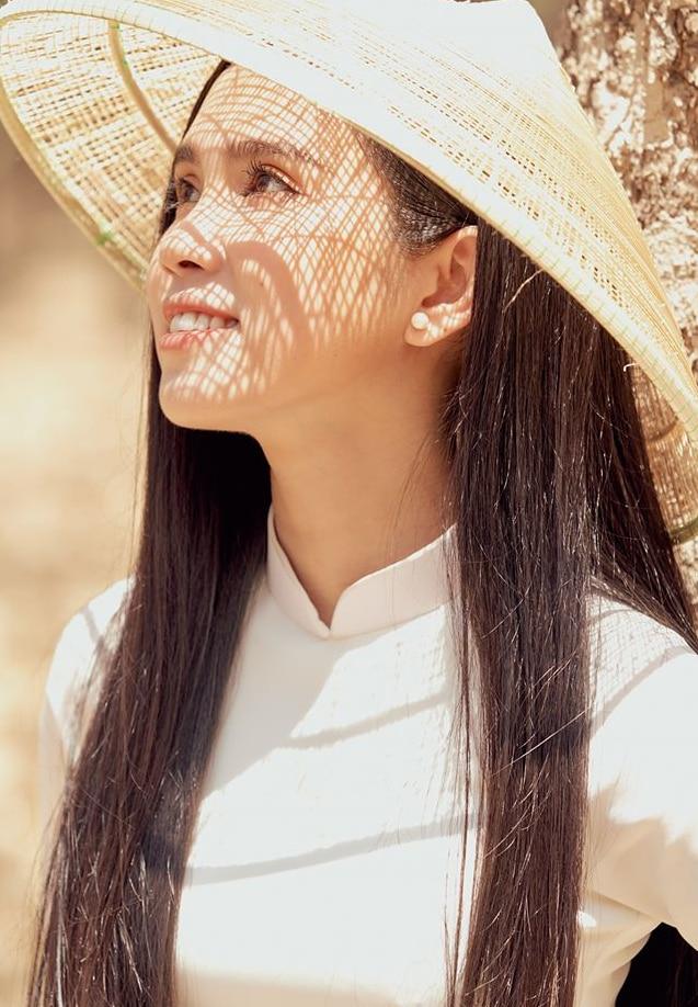 Nhân Ngày của mẹ, dàn hotgirl Việt xúc động trải lòng: 'Dù có đi xa hay mệt mỏi tới đâu, chỉ cần về nhà với mẹ sẽ bình yên!' 13