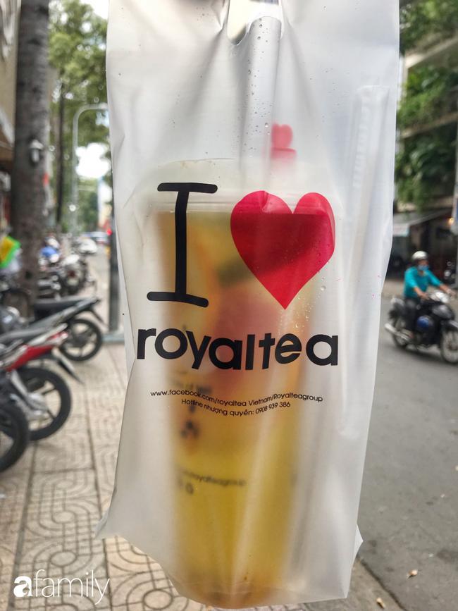 Uống thử trà sữa... 'Fake' ẩn mình sau các ứng dụng đặt hàng online, pha chế thủ công và giá chỉ bằng 1/2 hàng thật 14
