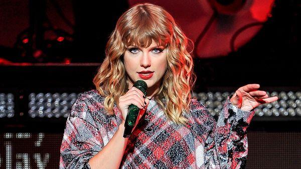 Quả thật không thể đánh giá thấp những nhân vật 'hậu thuẫn' đáng tin cậy của Taylor Swift.