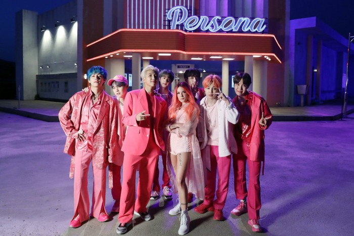 Boy With Luv trở thành MV của nhóm nhạc nam Kpop chạm tới con số này nhanh nhất từ trước đến nay.