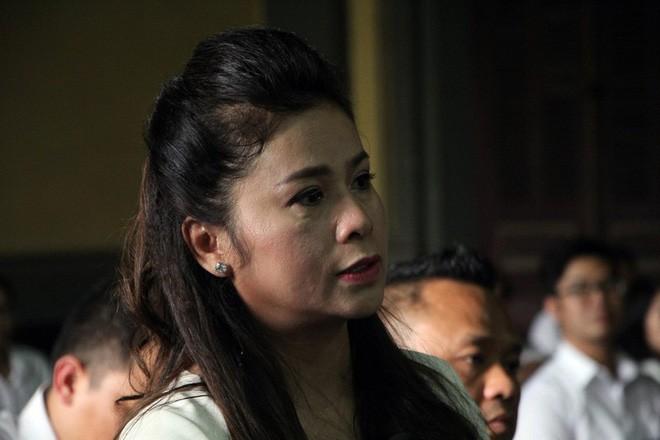 Bà Thảo mời 5 luật sư mới bảo vệ quyền lợi mình tại phiên phúc thẩm