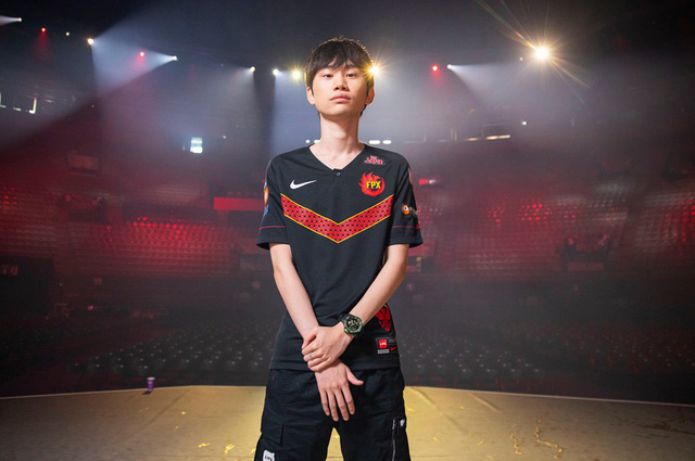 Là khu vực vô địch LMHT 2 năm liên tiếp, các tuyển thủ Trung Quốc vẫn vắng bóng khi bình chọn All-Star 2019 2