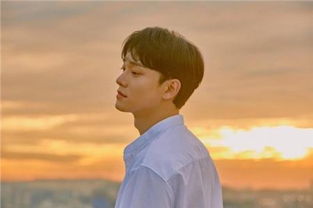 Chen (EXO) bất ngờ lên tiếng xin lỗi sau thời gian 'biến mất' vì thông báo kết hôn ngoài kế hoạch 0