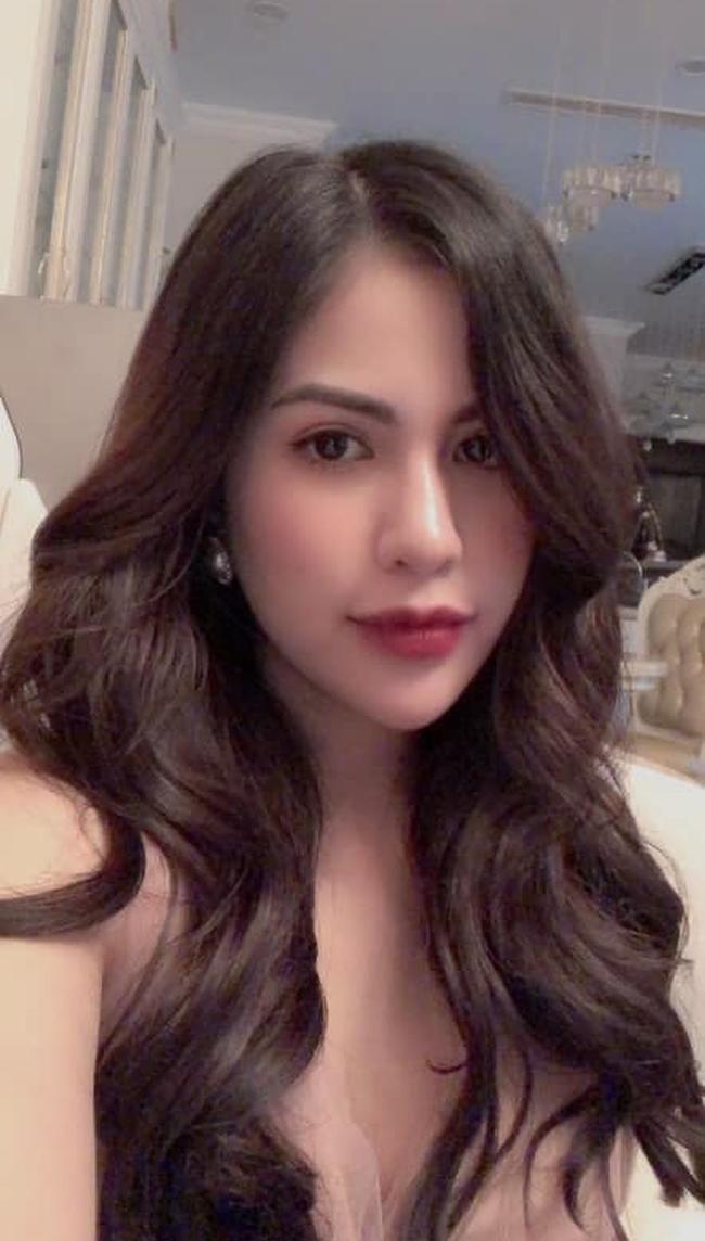 Bà xã Việt Anh 'Người phán xử' liên tiếp đăng story buồn, dấu hiệu cặp đôi sắp tan vỡ? 9