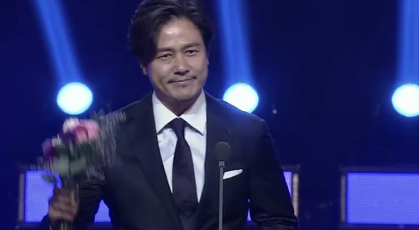 Nam diễn viênKam Woo Sung