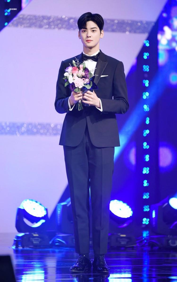 Korea Drama Awards 2018: 'Marry Me Now', Cha Eun Woo và Chansung nhận giải thưởng lớn - 'Chị đẹp' trắng tay 7