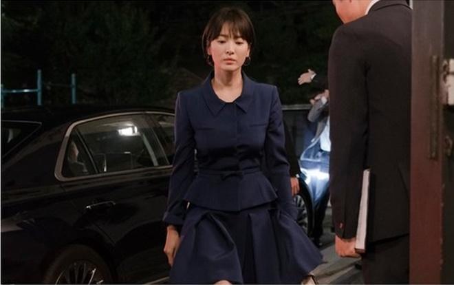 Khán giả Hàn nói gì về tạo hình u sầu của Song Hye Kyo trong phim 'Boyfriend' cùng Park Bo Gum 2