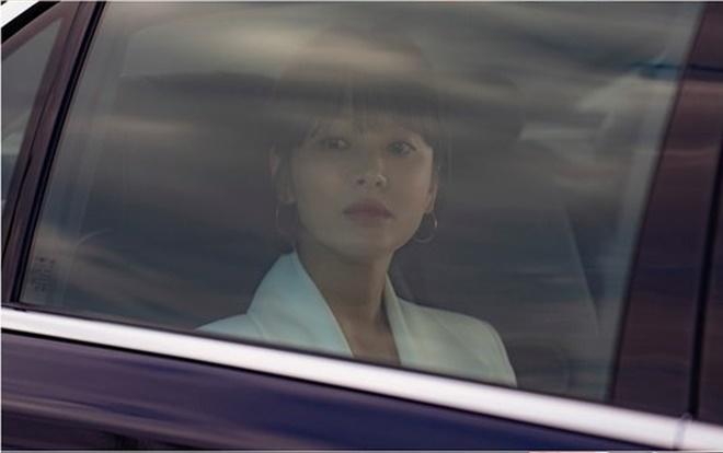 Khán giả Hàn nói gì về tạo hình u sầu của Song Hye Kyo trong phim 'Boyfriend' cùng Park Bo Gum 1