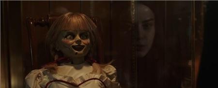 'Annabelle 3' tung trailer ma quái, xác nhận búp bê đã trở về nhà 4
