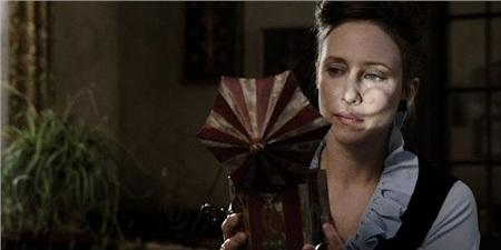 Trước khi xem 'Annabelle Comes Home', bạn đã biết thứ tự xem phim của vũ trụ điện ảnh 'The Conjuring'? 3