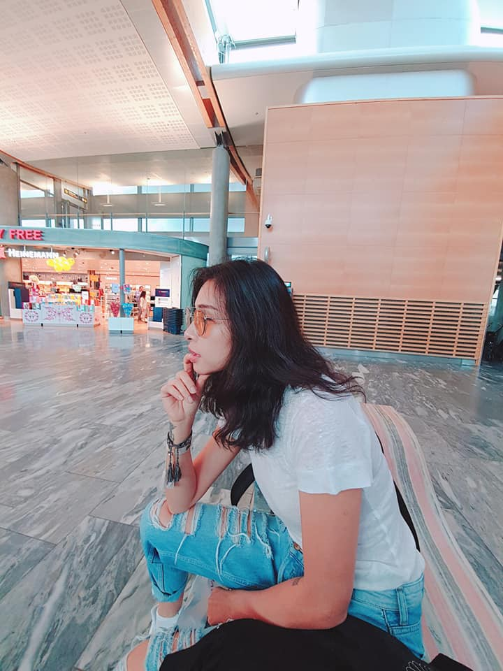 Trước Ngô Thanh Vân, nhiều nghệ sĩ Việt cũng từng bị kẻ gian móc túi, lừa tiền khi đi du lịch Châu Âu như MC Nguyễn Cao Kỳ Duyên, kiện tướng dancesport Khánh Thi, 'ông bầu' Vũ Khắc Tiệp.