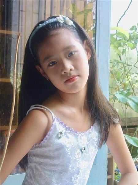 Tân Hoa hậu Khánh Vân đạt đỉnh cao nhan sắc nhờ chỉnh lại một chi tiết rất nhỏ trên khuôn mặt 2