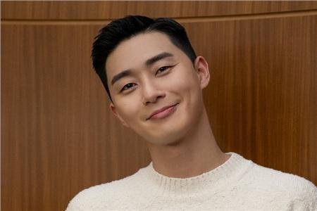 Ông chủ nhà hàng danbam Park Sae Ro Yi