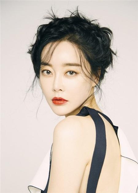 Dàn diễn viên nữ của Tầng lớp Itaewon (Itaewon Class): Xinh đẹp, cá tính và đầy tài năng 12