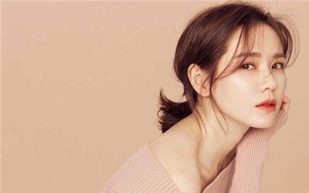 Điểm chung bất ngờ giữa bạn gái công khai và 'tình tin đồn' của Hyun Bin: Tất cả đều sở hữu những nét nổi bật này, hóa ra gu 'đại úy' Ri thích là như vậy 3