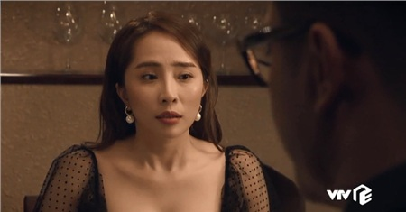 'Sinh tử' tập 74: Quỳnh Nga ngây ngô hay chỉ đang giả nai xin đi 'tiếp khách' trước mặt Chí Nhân? 0