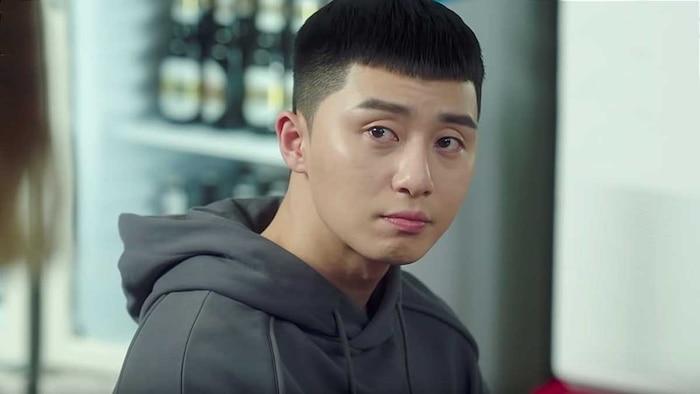 Stylist tiết lộ bí quyết giữ gìn kiểu tóc của Park Seo Joon trong 'Itaewon Class' 1