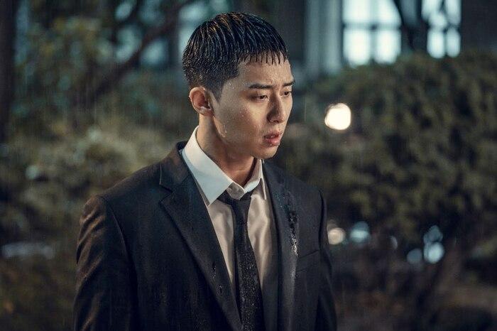 Stylist tiết lộ bí quyết giữ gìn kiểu tóc của Park Seo Joon trong 'Itaewon Class' 3