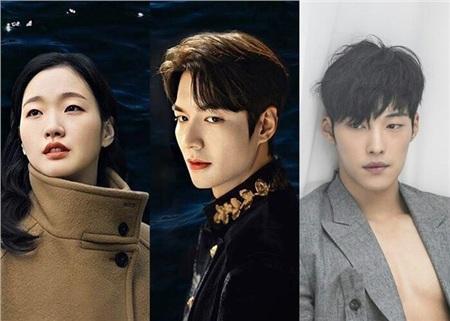 Trong mối quan hệ song song giữa hai vũ trụ thì Woo Do Hwan đóng vai trò then chốt trong cảm xúc của Hoàng Đế Lee Gon